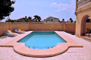 Swimmingpool, terrace, holiday home