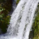 watervallen, stromend water, groen