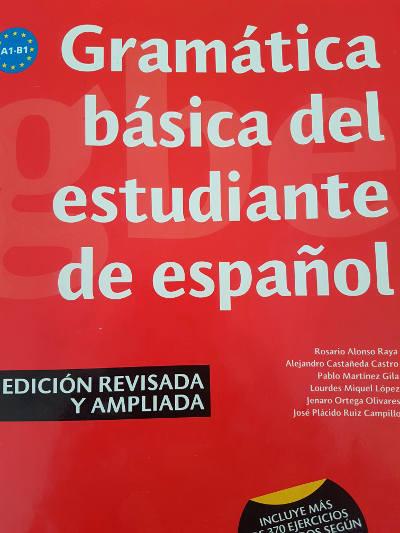 Spaans leren, rood boek met oefeningen