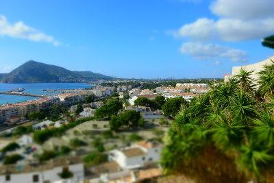 blauwe lucht, zomer, zee, groen