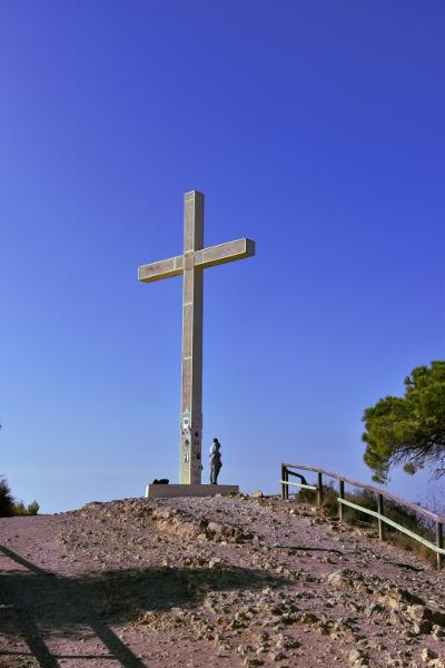 Kruis, blauwe lucht, heuvel,La Cruz, Benidorm