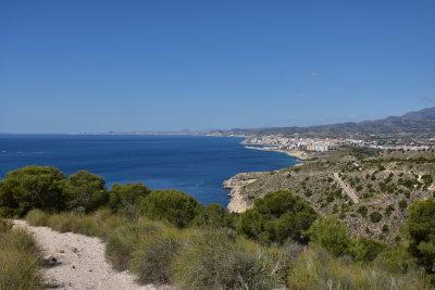 zee, Villajoyosa, blauwe lucht, groene struiken